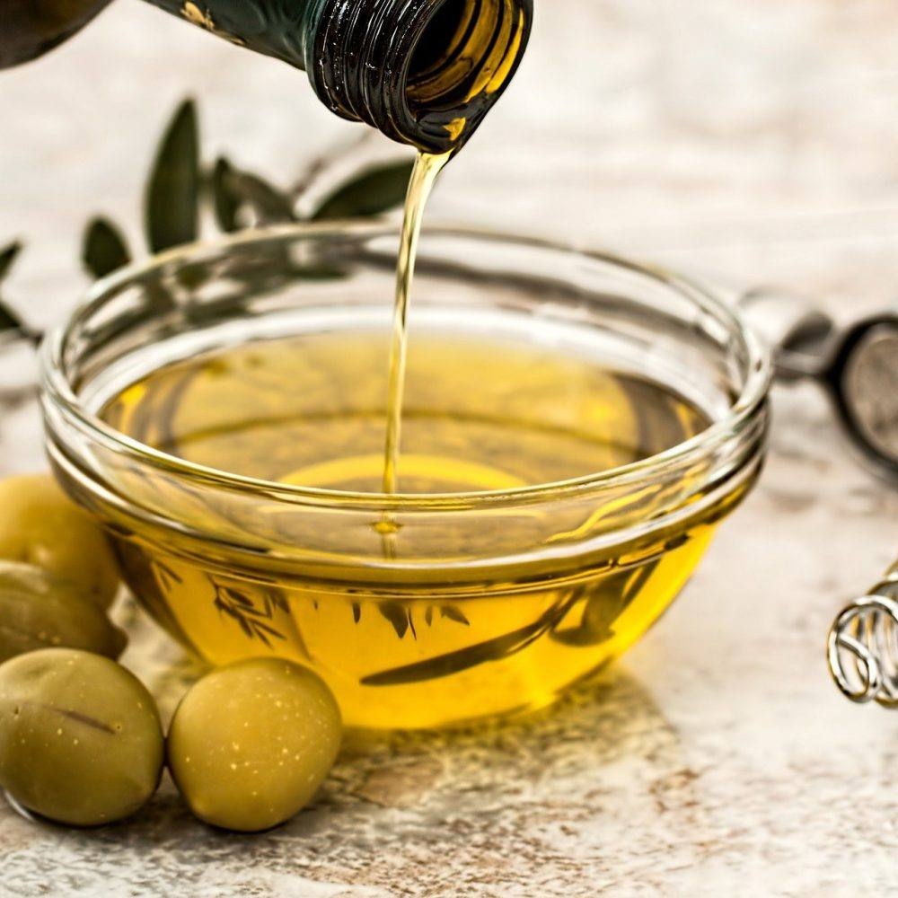 Oleje – jaki do smażenia, a jaki do sałatki?